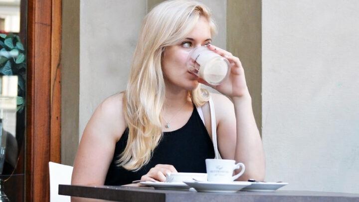 Kaffe øger risiko for MS hos kaukasiske kvinder